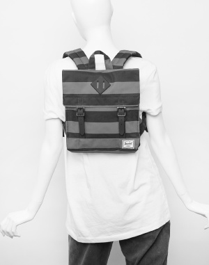 Herschel Supply - Survey Kids
