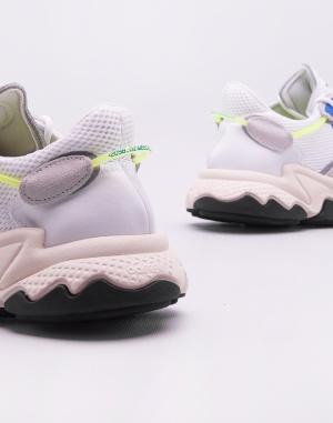 Sneakers - adidas Originals - Ozweego