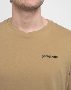 T-shirt Patagonia M's P-6 Logo Organic T-Shirt