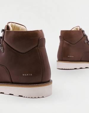 Boots Makia Trail Boot