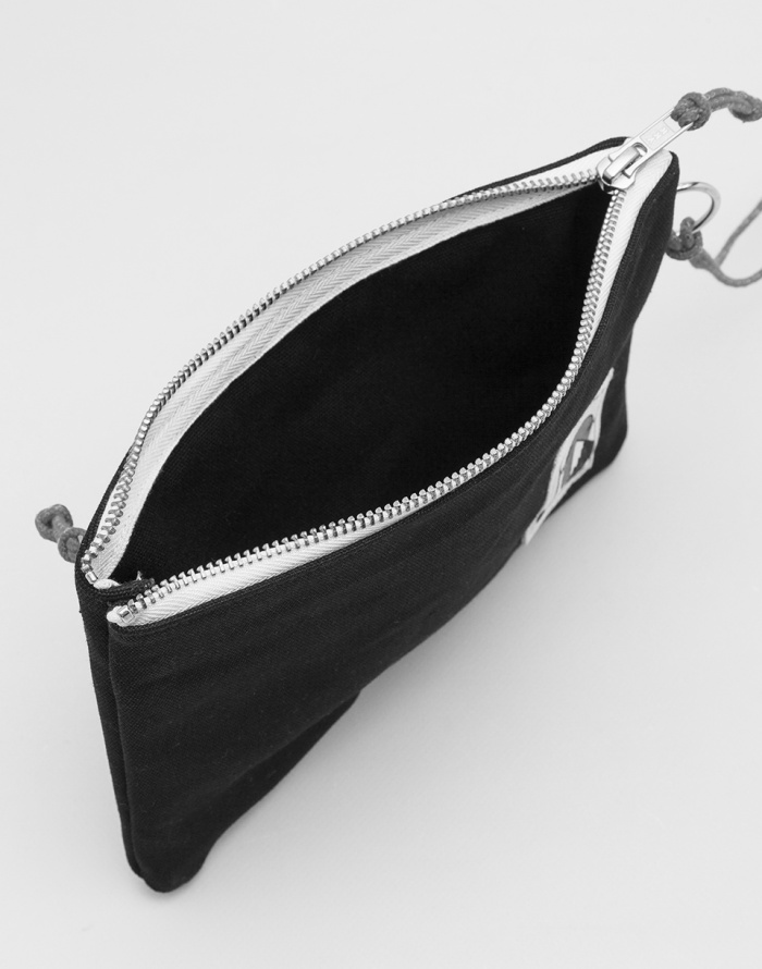 Cover - YKRA - Pouch