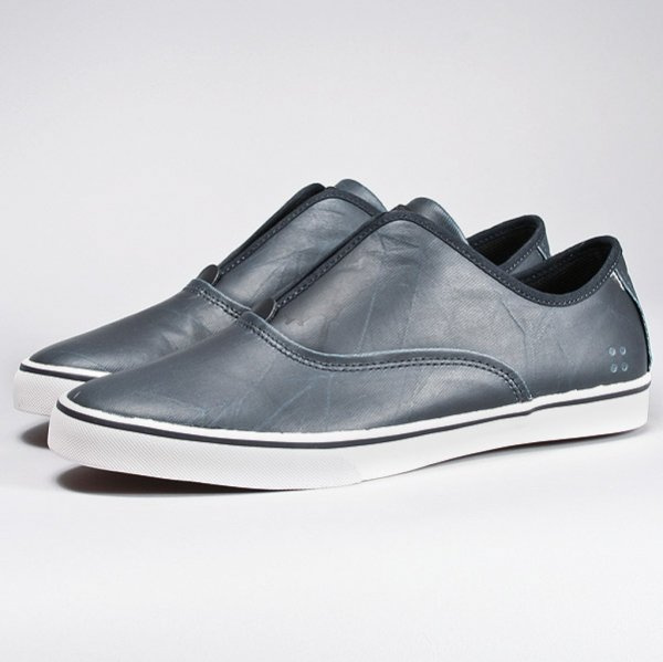 Shoe Gravis Dylan Slip On LX