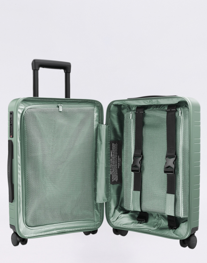 Travel Luggage - Horizn Studios - M5